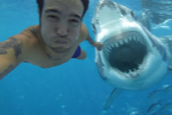 13 Deadly Selfies